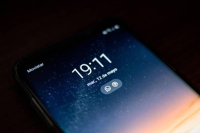 sé si mi teléfono iphone está bloqueado por imei o icloud