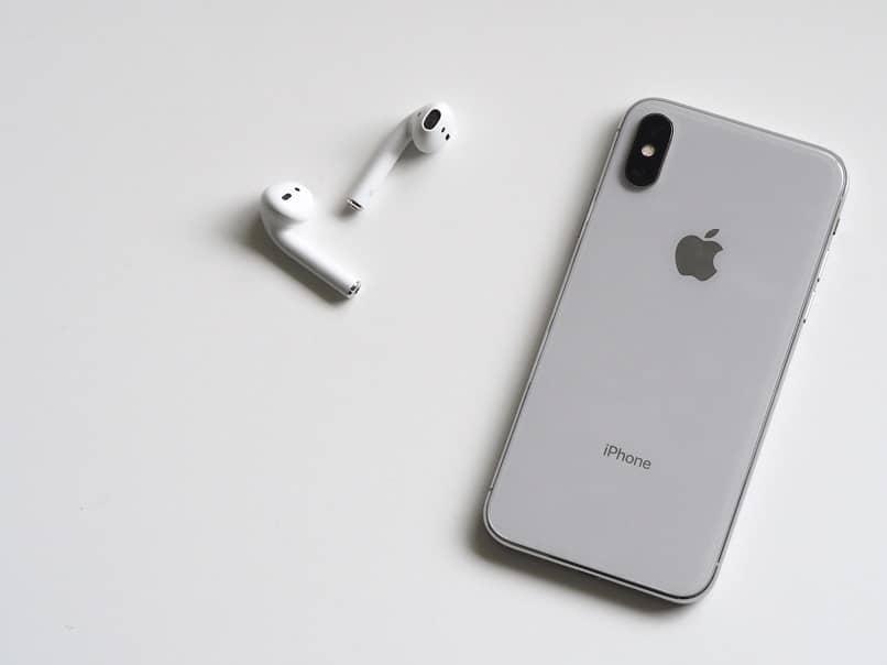 ¿Qué es iTunes?