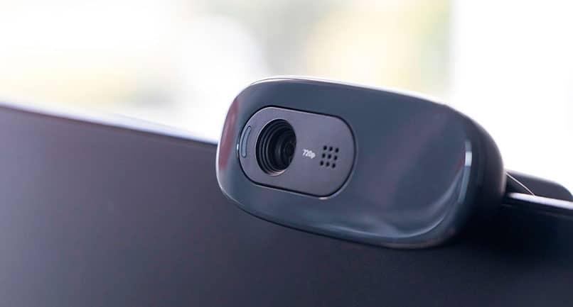 webcam como cámara de vigilancia con Contacam