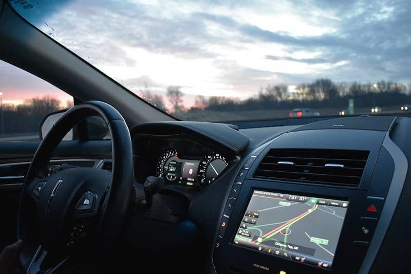 Conducir usando GPS para guiarte