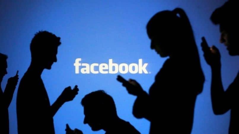 enviar mensajes a facebook