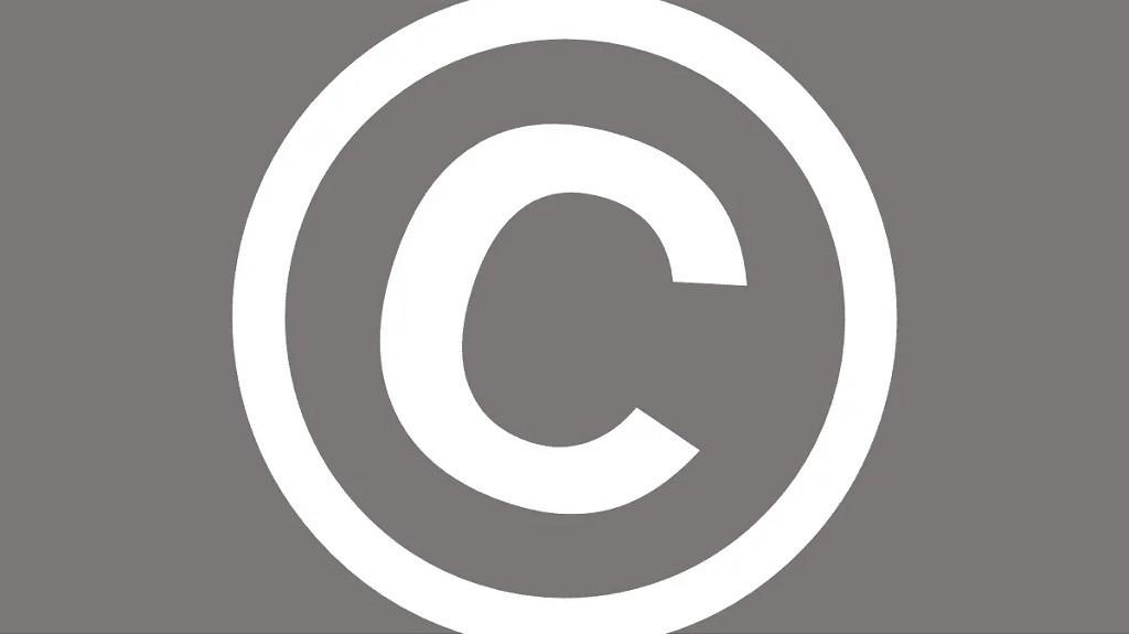 Cómo crear y escribir el símbolo de copyright en una Mac o PC