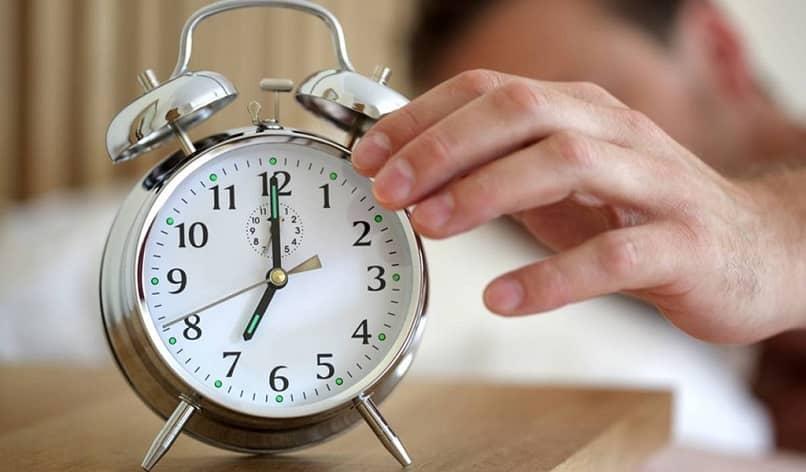 apaga la alarma