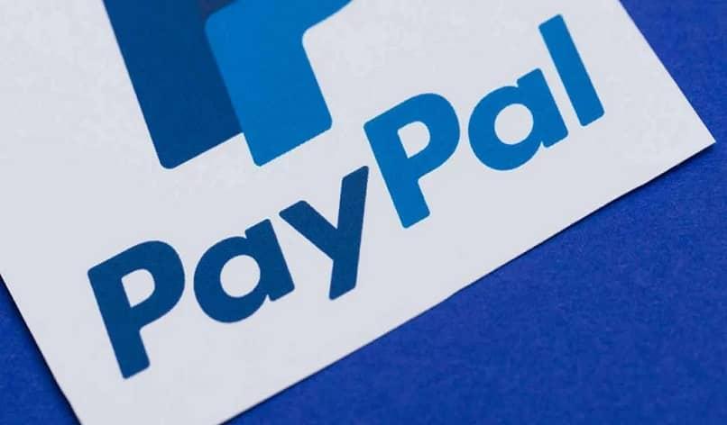logo de paypal azul y blanco