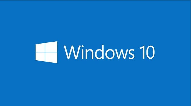 Logotipo de Windows 10 con letras