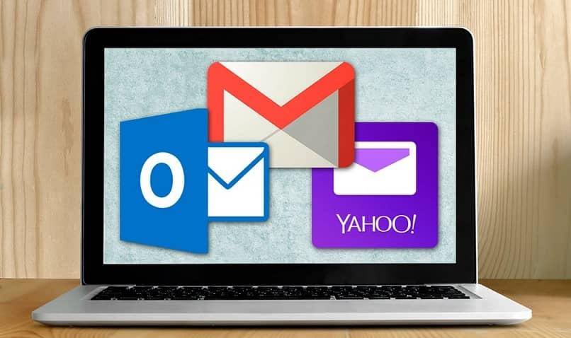suscríbete o conecta dos correos electrónicos