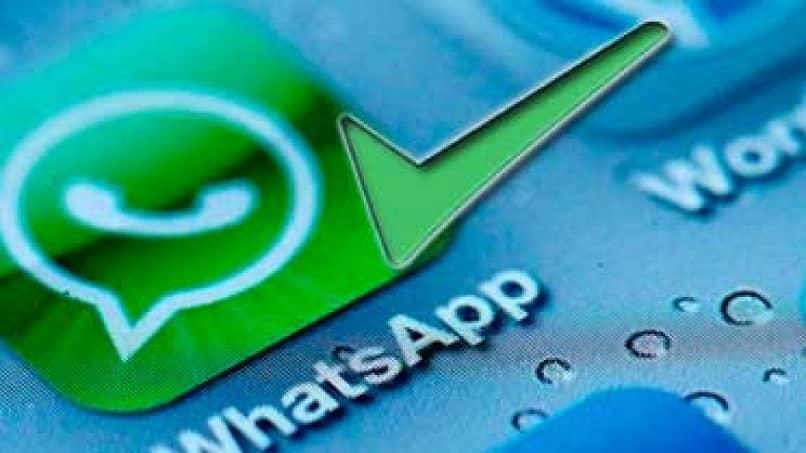 Las videollamadas de WhatsApp son seguras