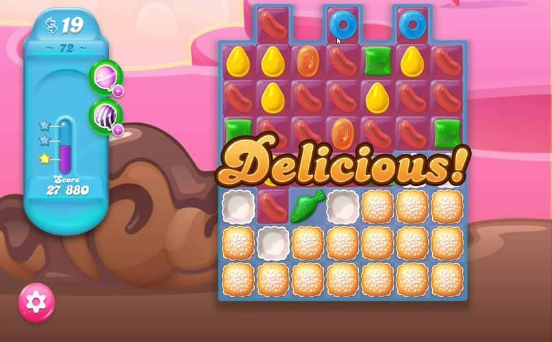 jugando Candy Crush