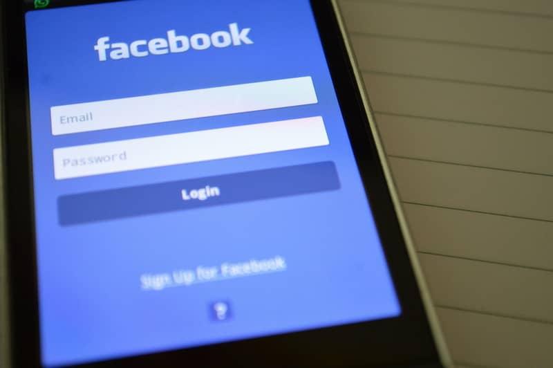 Usa la aplicación de Facebook