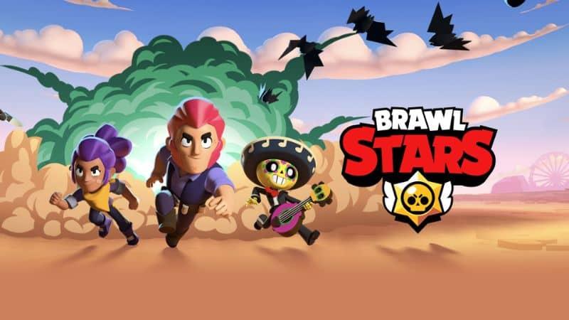 Personajes de Brawl Stars corriendo en el desierto con fondo de explosión y logo