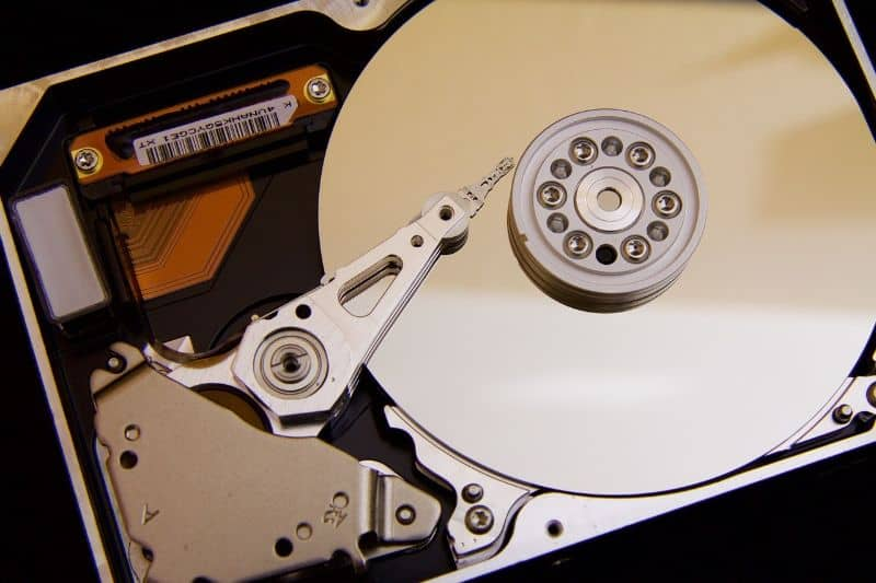 vista del interior del disco duro