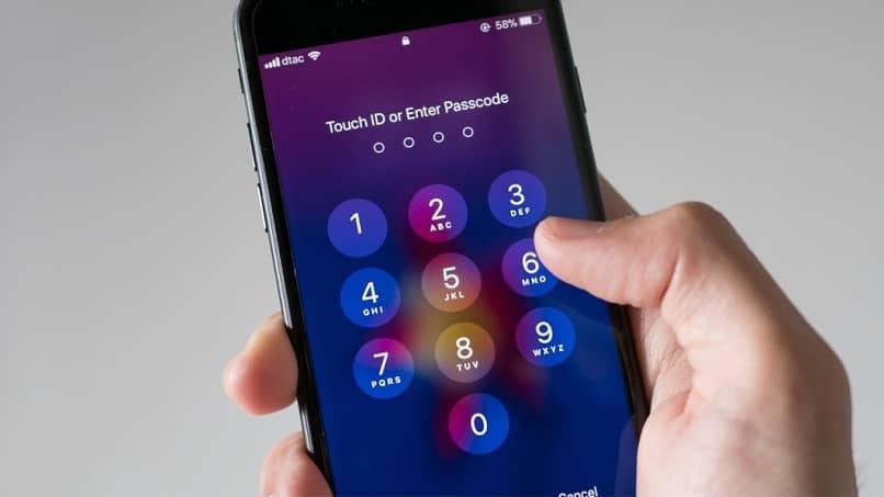 ingrese la contraseña del iphone