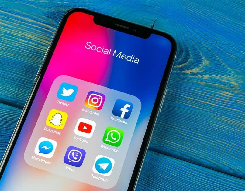aplicaciones telefónicas de redes sociales