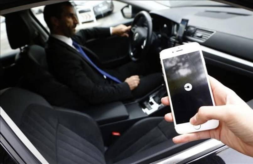 controlador de pantalla para logotipos uber
