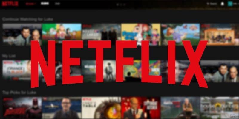 Logotipo de Netflix con fondo de película
