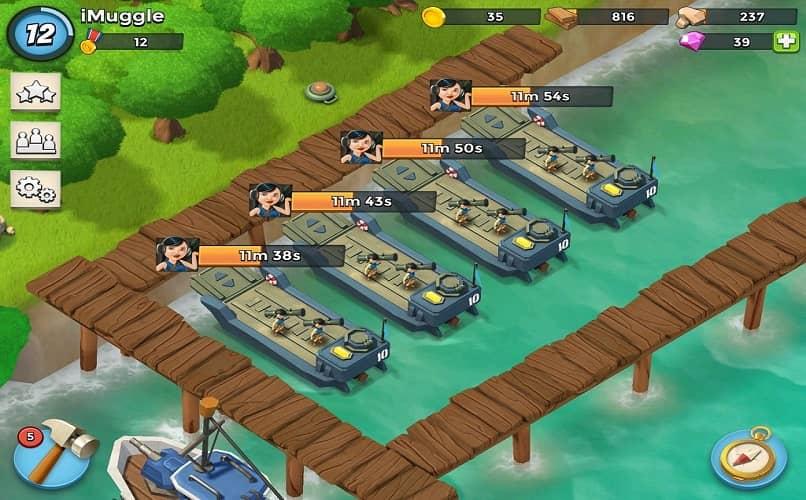 Barcos de la playa con explosión en la isla