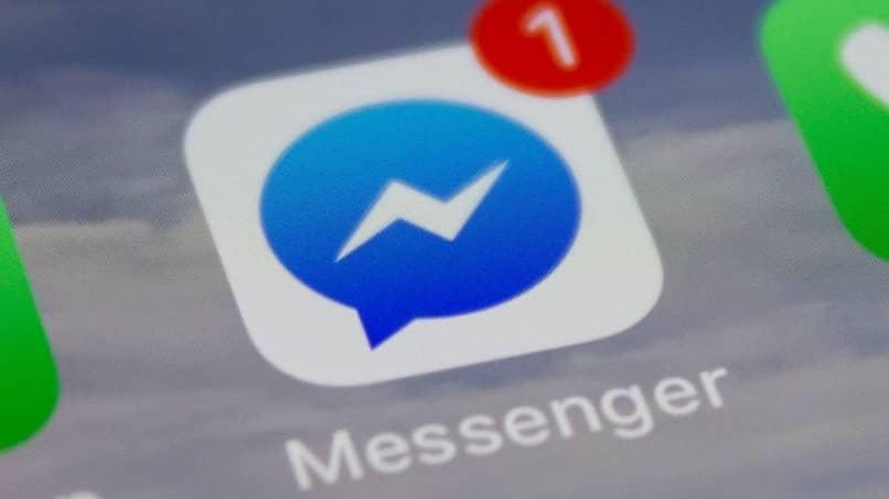 eliminar todos los mensajes de Facebook Messenger una vez