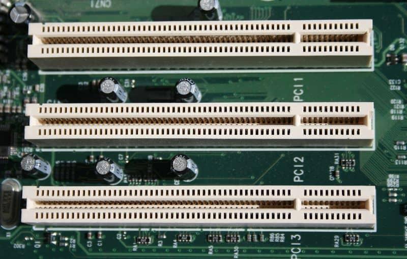 Puertos del controlador PCI