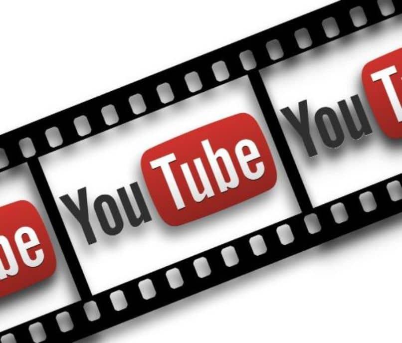 se repite el logo de youtube