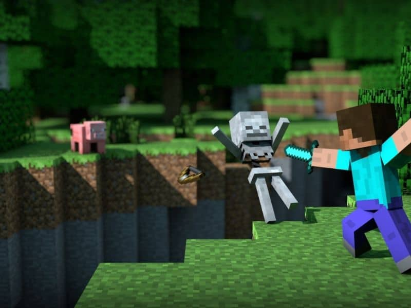 Batalla de espadas hecha en Minecraft